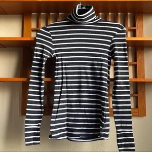 H&M Gray and White Striped Turtleneck Longsleeve